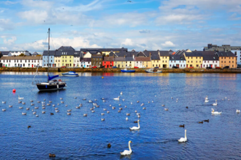 Galway- Galway Top 10 Highlights & Claddagh Village Walking Tour